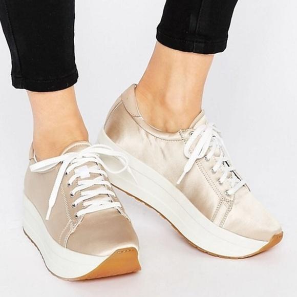 2fcf35e29b Vagabond Shoemakers Casey Platform Satin Sneakers.  M 5ac46918739d4875ab6527ab